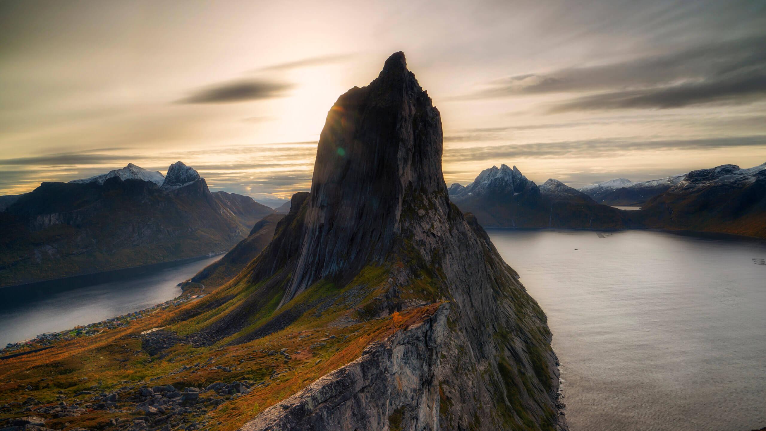 Segla mountain by Joakim Jormelin